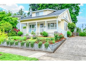 Photo of 5409 SE 45TH AVE, Portland, OR 97206 (MLS # 19346313)