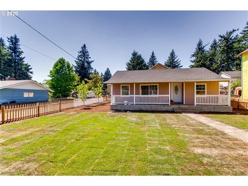 Photo of 2303 SE 143RD AVE, Portland, OR 97233 (MLS # 20453313)