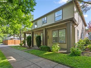 Photo of 9536 N DWIGHT AVE, Portland, OR 97203 (MLS # 19171317)