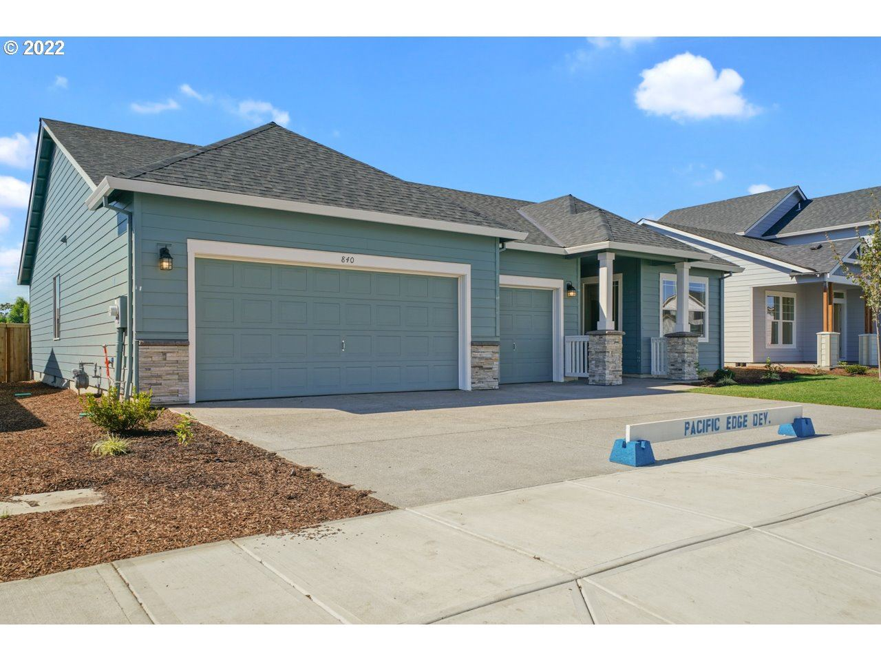 Photo of 1003 Winfield ST, Gervais, OR 97026 (MLS # 21133319)