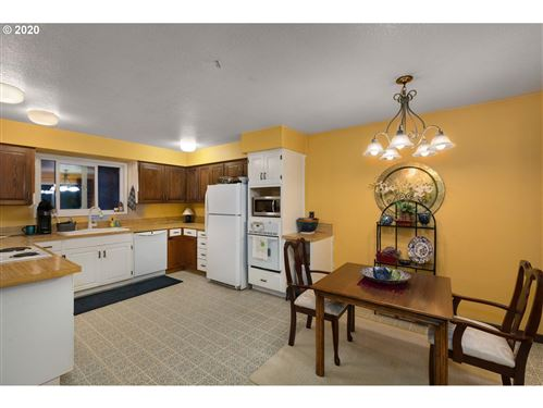 Tiny photo for 19305 HILL TOP RD, Lake Oswego, OR 97034 (MLS # 20599321)