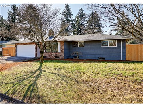 Photo of 15240 SE MAIN ST, Portland, OR 97233 (MLS # 20332322)