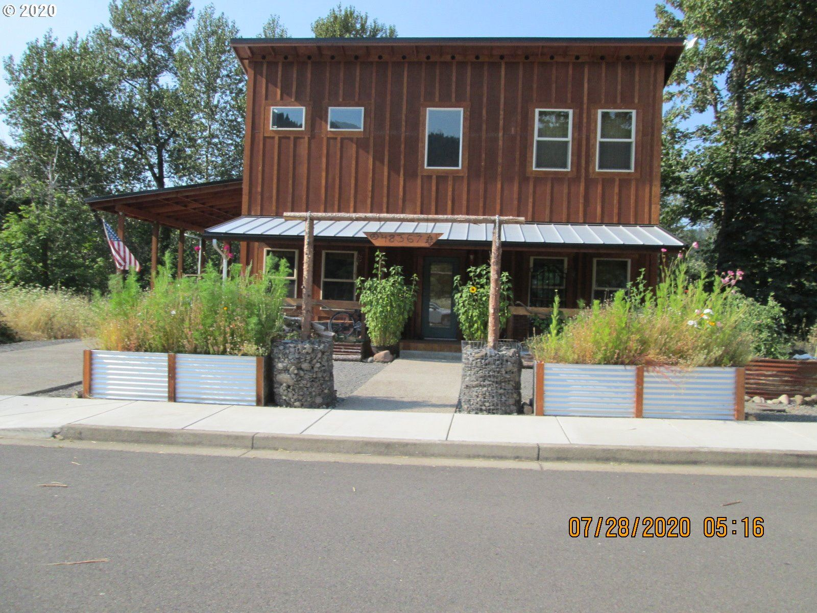Photo for 48367 ROARING RAPIDS WAY, Oakridge, OR 97463 (MLS # 20128326)