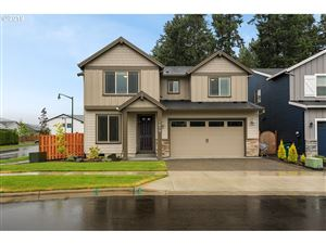 Photo of 1079 VISTA OAKS DR, Forest Grove, OR 97116 (MLS # 19171328)