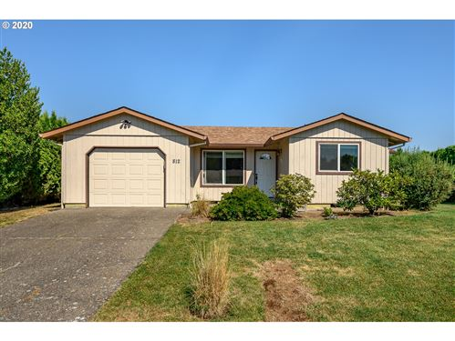 Photo of 812 SW CYPRESS ST, McMinnville, OR 97128 (MLS # 20032328)