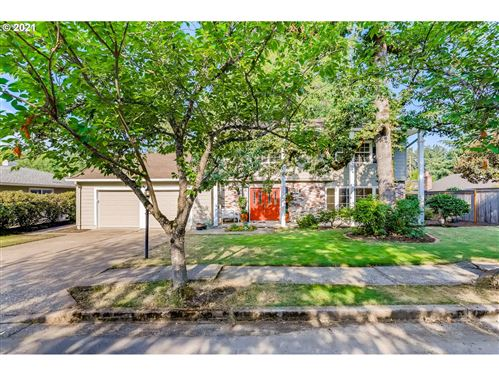 Photo of 14350 SW KIMBERLY DR, Beaverton, OR 97008 (MLS # 21130328)