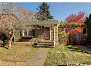 Photo of 3224 NE 77TH AVE, Portland, OR 97213 (MLS # 19478329)
