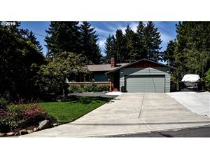 Photo of 7630 SW CHERRY DR, Tigard, OR 97223 (MLS # 19186333)