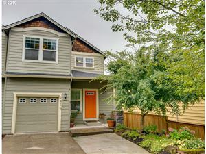 Photo of 2310 SE 75TH AVE, Portland, OR 97215 (MLS # 19424333)