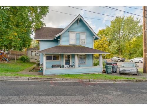 Photo of 102 SE 1ST ST, McMinnville, OR 97128 (MLS # 21183333)