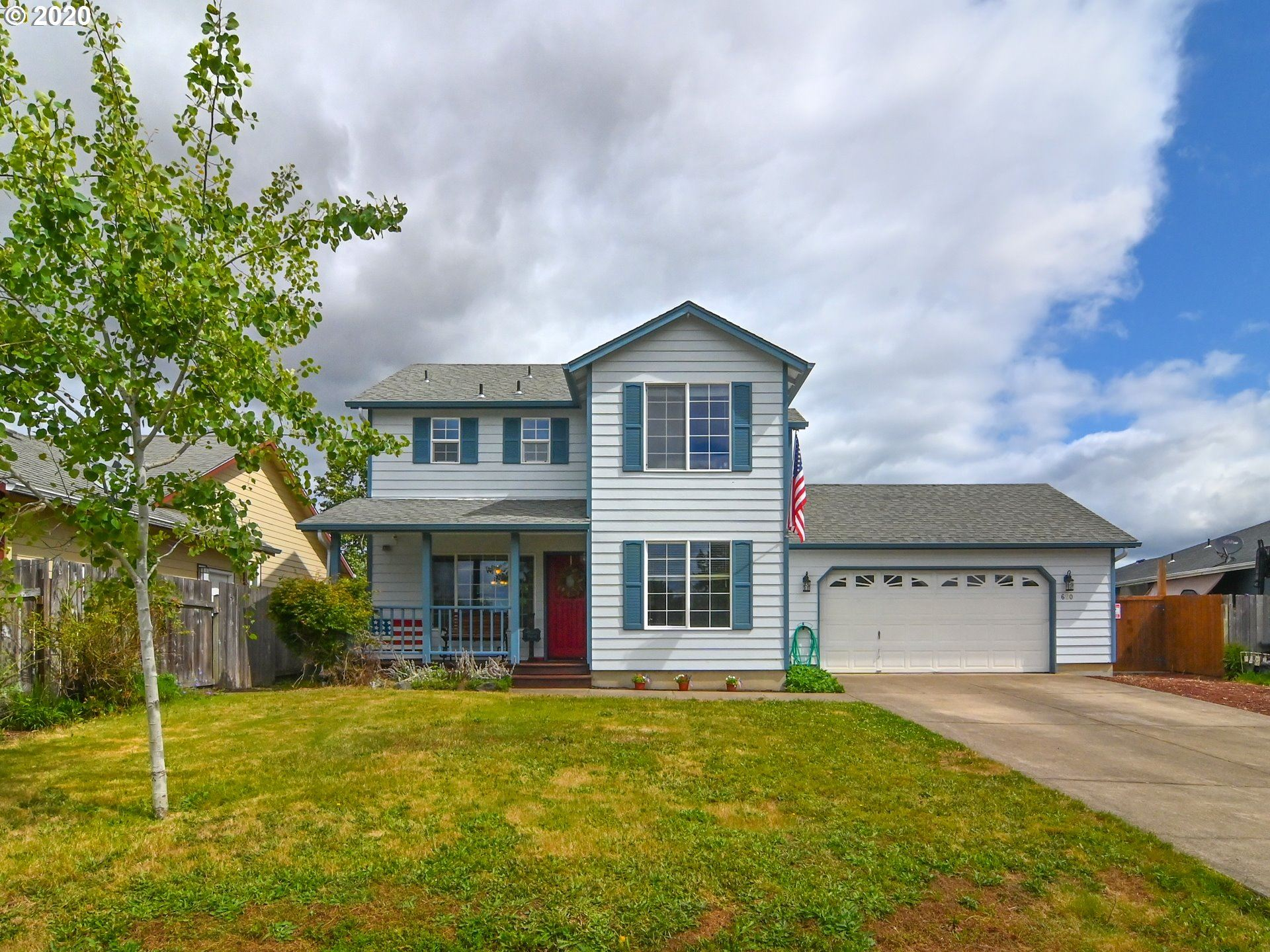 Photo for 680 PINE CT, Creswell, OR 97426 (MLS # 20622334)