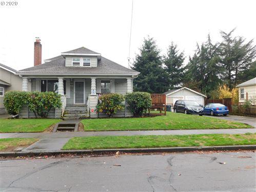 Photo of 5040 SE ELLIS ST, Portland, OR 97206 (MLS # 20530335)