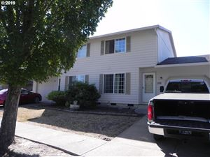 Photo of 1914 SW FELLOWS ST, McMinnville, OR 97128 (MLS # 19140339)