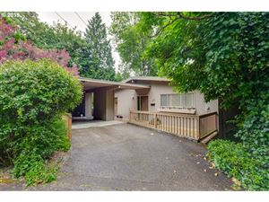 Photo of 236 NW HERMOSA BLVD, Portland, OR 97210 (MLS # 19673339)