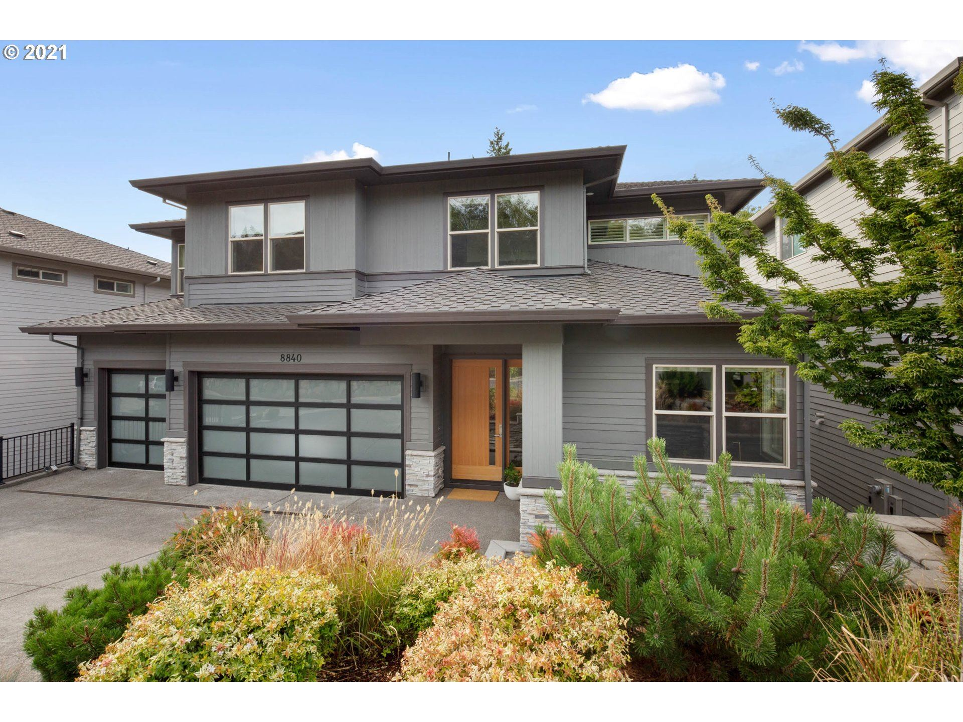 8840 NW MAPLEVIEW TER, Portland, OR 97229 - MLS#: 21605345