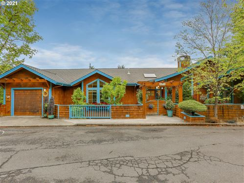 Photo of 1217 SW RIVINGTON DR, Portland, OR 97201 (MLS # 21220346)