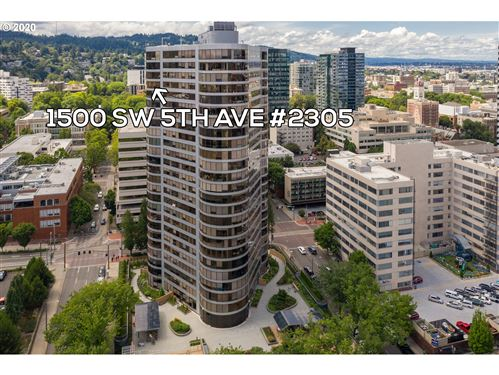 Photo of 1500 SW 5TH AVE #2305, Portland, OR 97201 (MLS # 20148349)