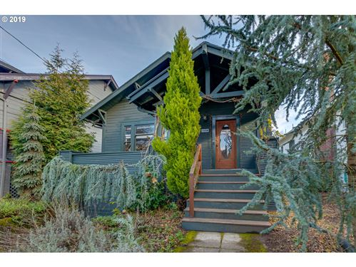 Photo of 1628 SE 41ST AVE, Portland, OR 97214 (MLS # 19493352)