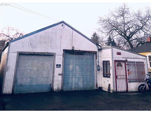 Photo of 8150 SE GLENWOOD ST, Portland, OR 97206 (MLS # 21202352)