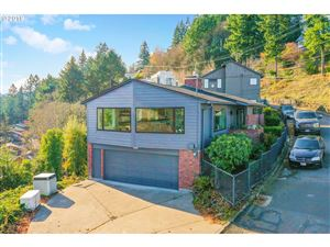 Photo of 3020 NW MONTE VISTA TER, Portland, OR 97210 (MLS # 19364354)