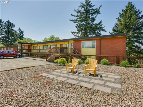 Photo of 1025 NE 68TH AVE, Portland, OR 97213 (MLS # 19405354)