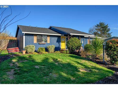Photo of 536 SW WESTVALE ST, McMinnville, OR 97128 (MLS # 21068355)