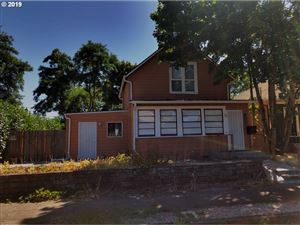 Photo of 1122 NE 73RD AVE, Portland, OR 97213 (MLS # 19146356)