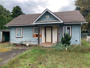 Photo of 2715 SE 141ST AVE, Portland, OR 97236 (MLS # 19524357)