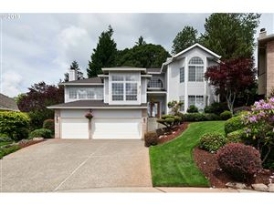 Photo of 12500 SE 131ST CT, Happy Valley, OR 97086 (MLS # 19431361)