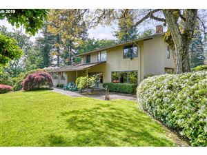 Photo of 11301 SW MILITARY RD, Portland, OR 97219 (MLS # 19208362)