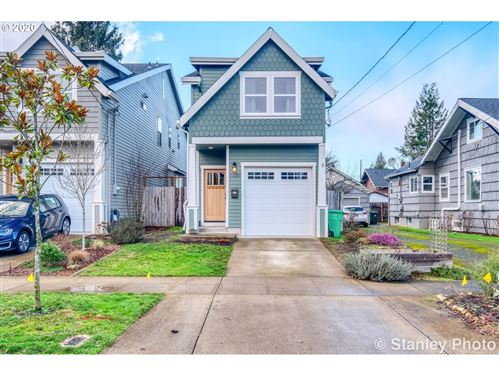 Photo of 3329 NE 74TH AVE, Portland, OR 97213 (MLS # 20404362)