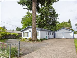 Photo of 6531 SE 72ND AVE, Portland, OR 97206 (MLS # 19501367)