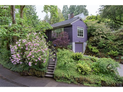 Photo of 2333 SW SHERWOOD DR, Portland, OR 97201 (MLS # 20006367)