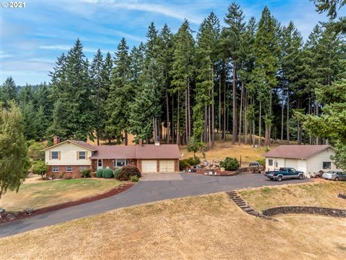 Photo of 34041 ALLEN RD, Cottage Grove, OR 97424 (MLS # 21082368)