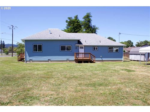 Tiny photo for 708 W OREGON AVE, Creswell, OR 97426 (MLS # 20072369)