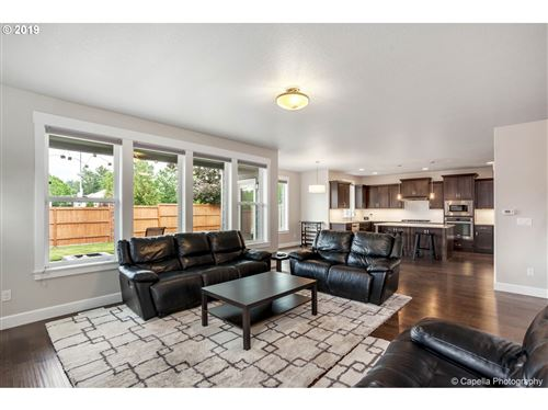 Tiny photo for 10315 SW 144TH AVE, Beaverton, OR 97008 (MLS # 20218369)
