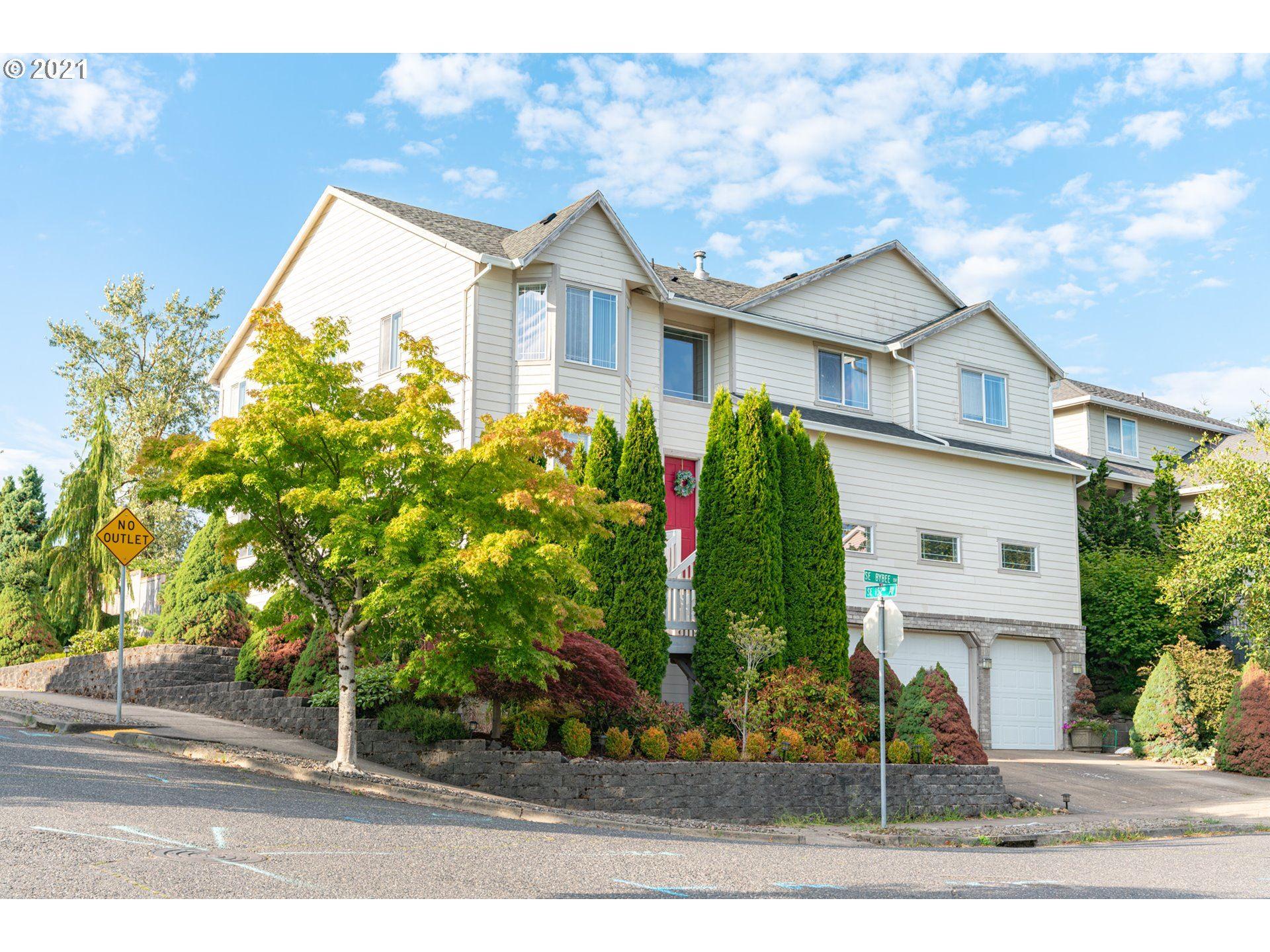 15303 SE BYBEE DR, Portland, OR 97236 - MLS#: 21308369