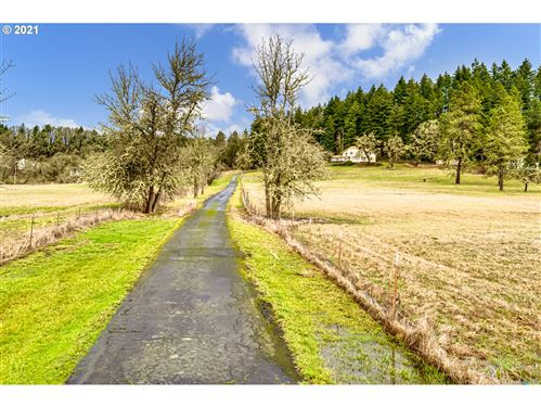 Tiny photo for 35787 ENTERPRISE RD, Creswell, OR 97426 (MLS # 21312370)
