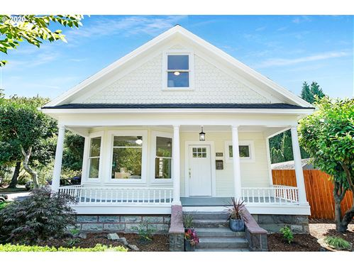 Photo of 2636 SE DIVISION ST, Portland, OR 97202 (MLS # 20672371)