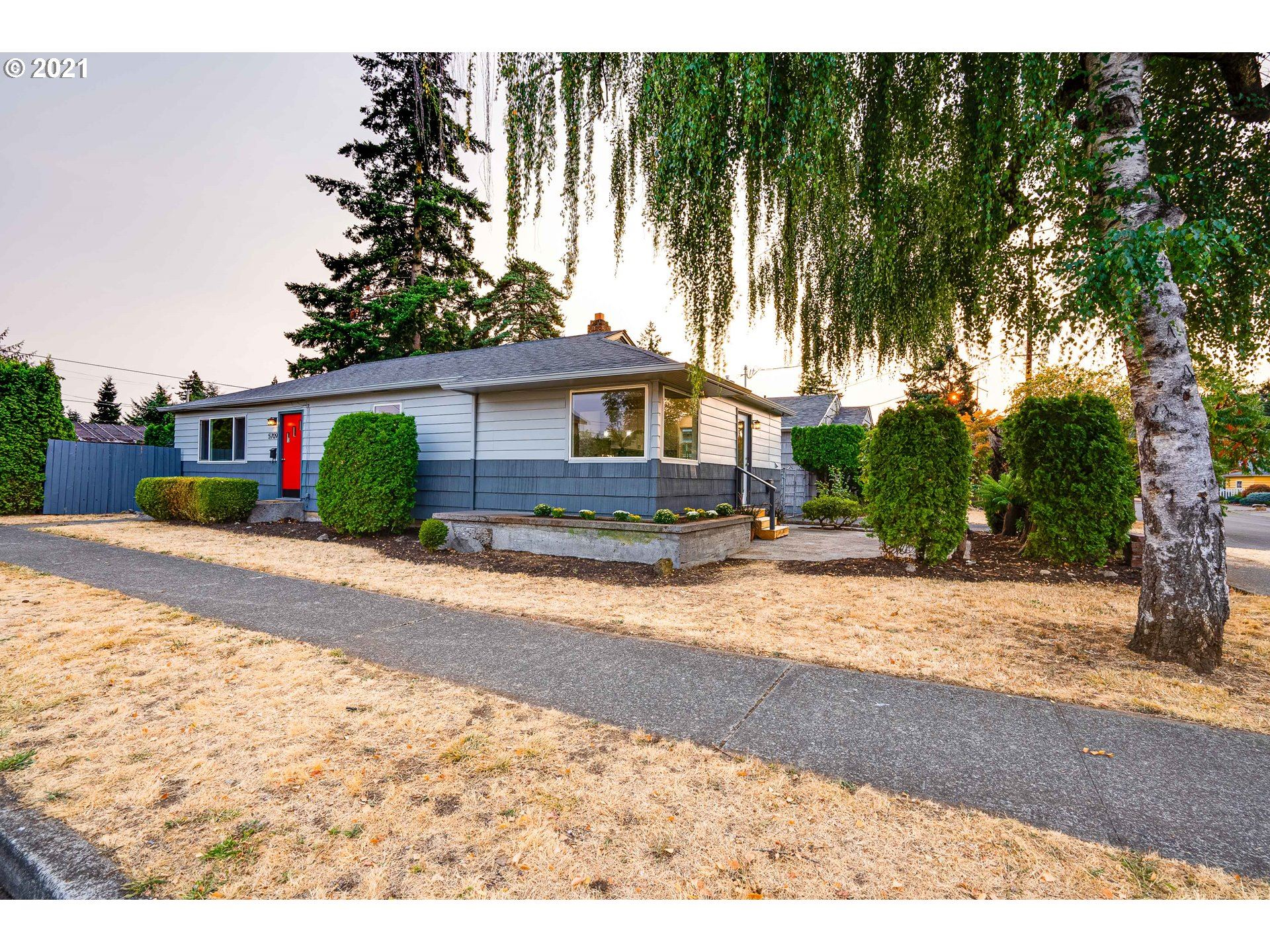 5709 SE 65TH AVE, Portland, OR 97206 - MLS#: 21416371