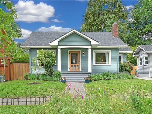 Photo of 3923 NE 17TH AVE, Portland, OR 97212 (MLS # 21131372)