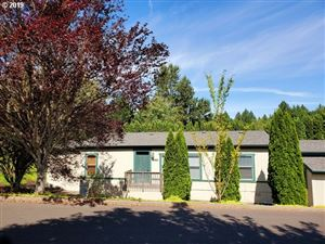 Photo of 17920 COUNTRY VILLAGE DR, Oregon City, OR 97045 (MLS # 19158378)