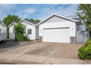Photo of 871 COLUMBIA DR, Molalla, OR 97038 (MLS # 19505379)