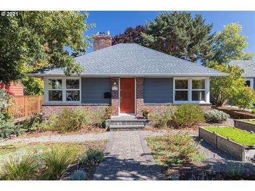 Photo of 4536 NE 40TH AVE, Portland, OR 97211 (MLS # 21348379)