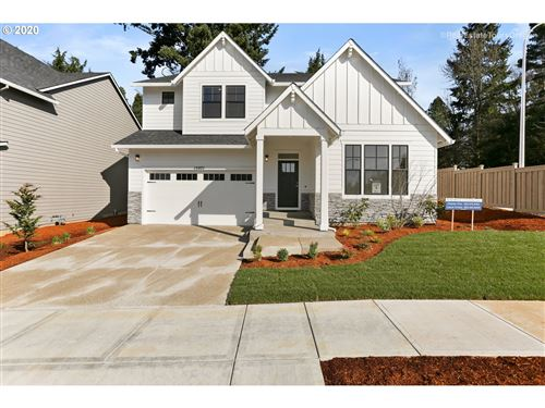 Photo of 15071 SW Parkplace LN, Tigard, OR 97224 (MLS # 20388380)