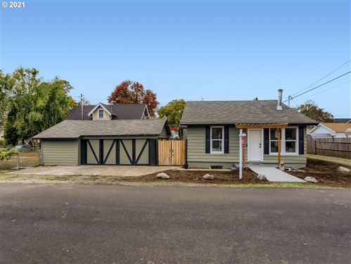 Photo of 7304 N VINCENT AVE, Portland, OR 97217 (MLS # 21590380)