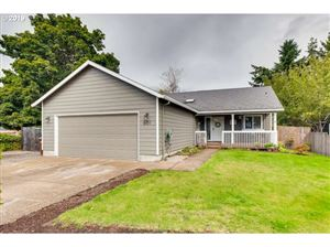 Photo of 601 KIMBERLY CT, Molalla, OR 97038 (MLS # 19171381)