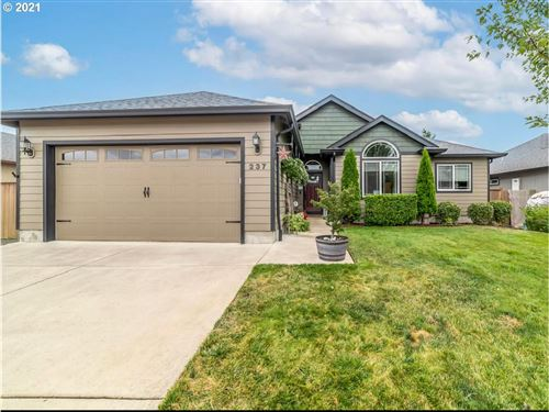 Photo of 237 CAMRIN LOOP, Creswell, OR 97426 (MLS # 21382381)