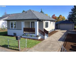 Photo of 7022 SE 84TH AVE, Portland, OR 97266 (MLS # 19590384)
