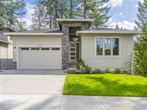 Photo of 12980 SW PARKDALE AVE, Tigard, OR 97223 (MLS # 19337385)